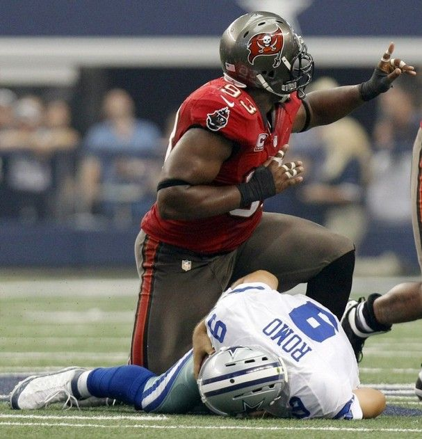 To Be Or Not To Be Tampa Bay Buccaneers Buccaneers Football Tampa Bay Bucs