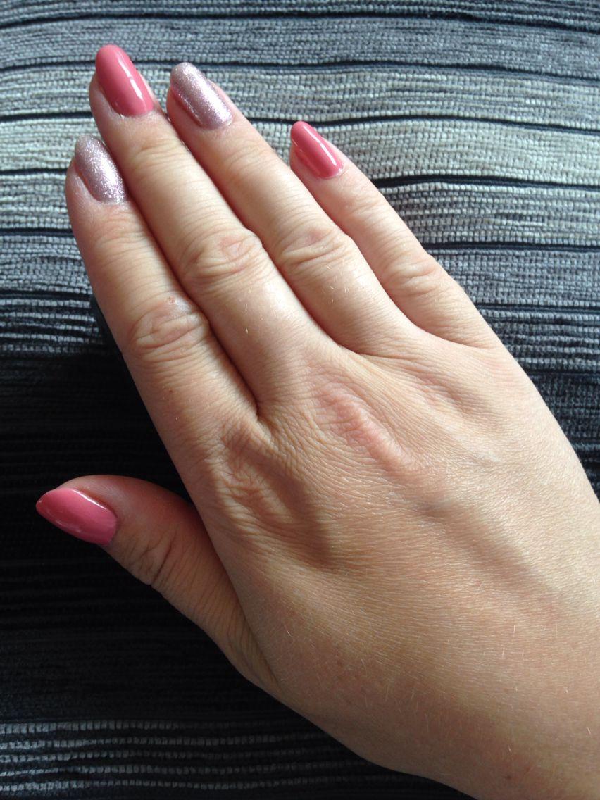 Bluesky gel polish: Rosebud 80511 and Fairy Dust | Pretty Nails ...