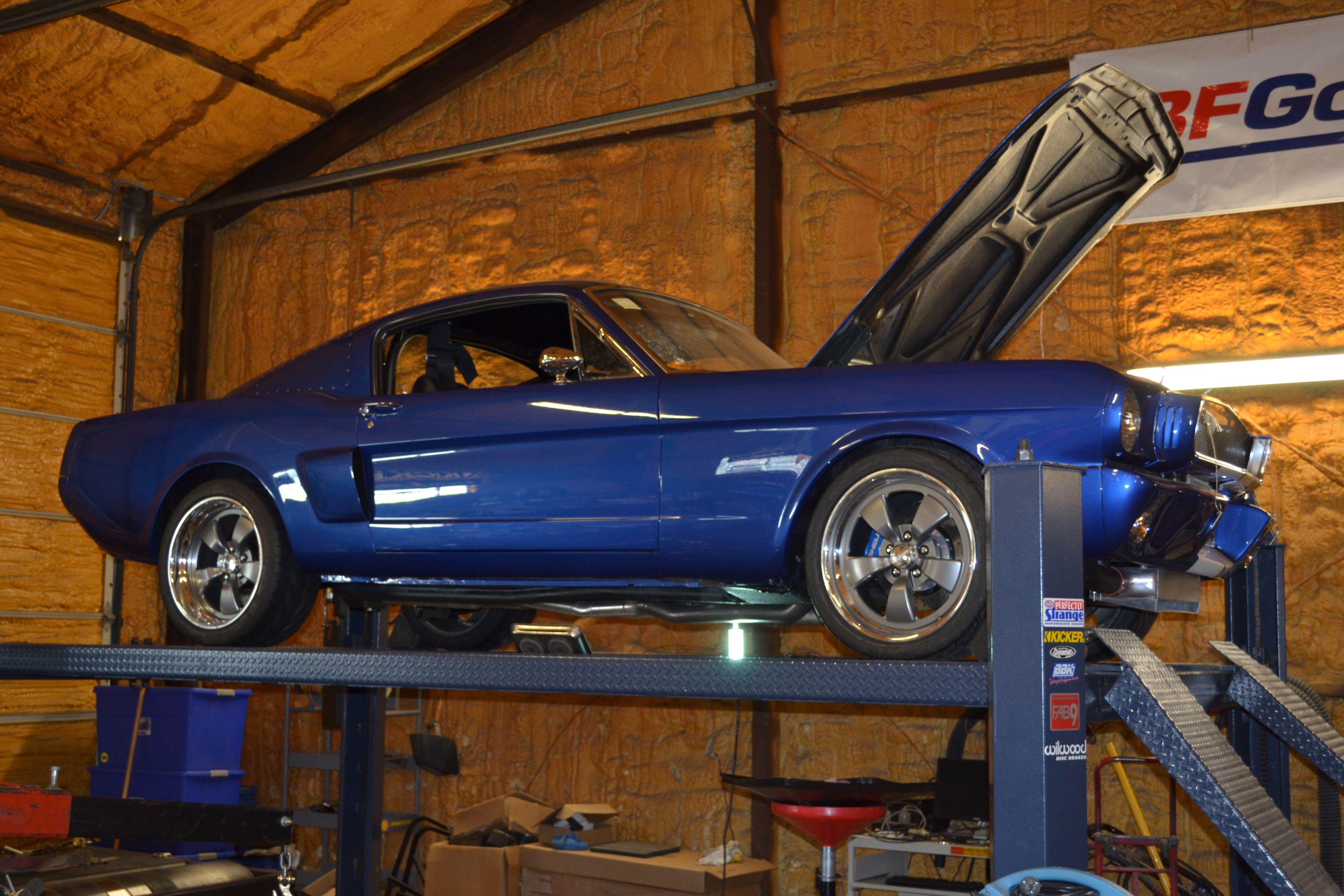 I\'ve never really been into Mustangs, or ridiculously overpriced ...