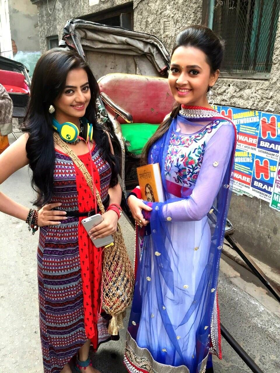 Ragini And Swara Innocent Smile Photos  Swaragini Hindi -3653