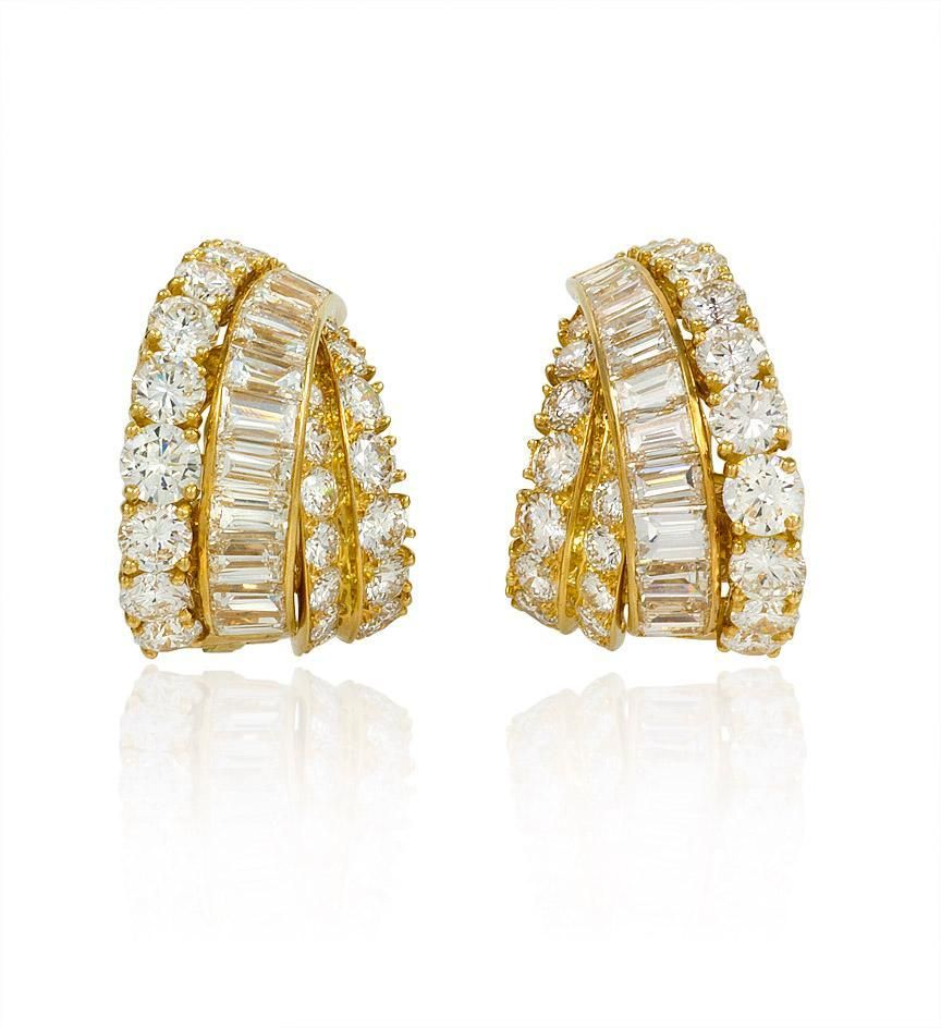 Gold and diamond Van Cleef and Arpels