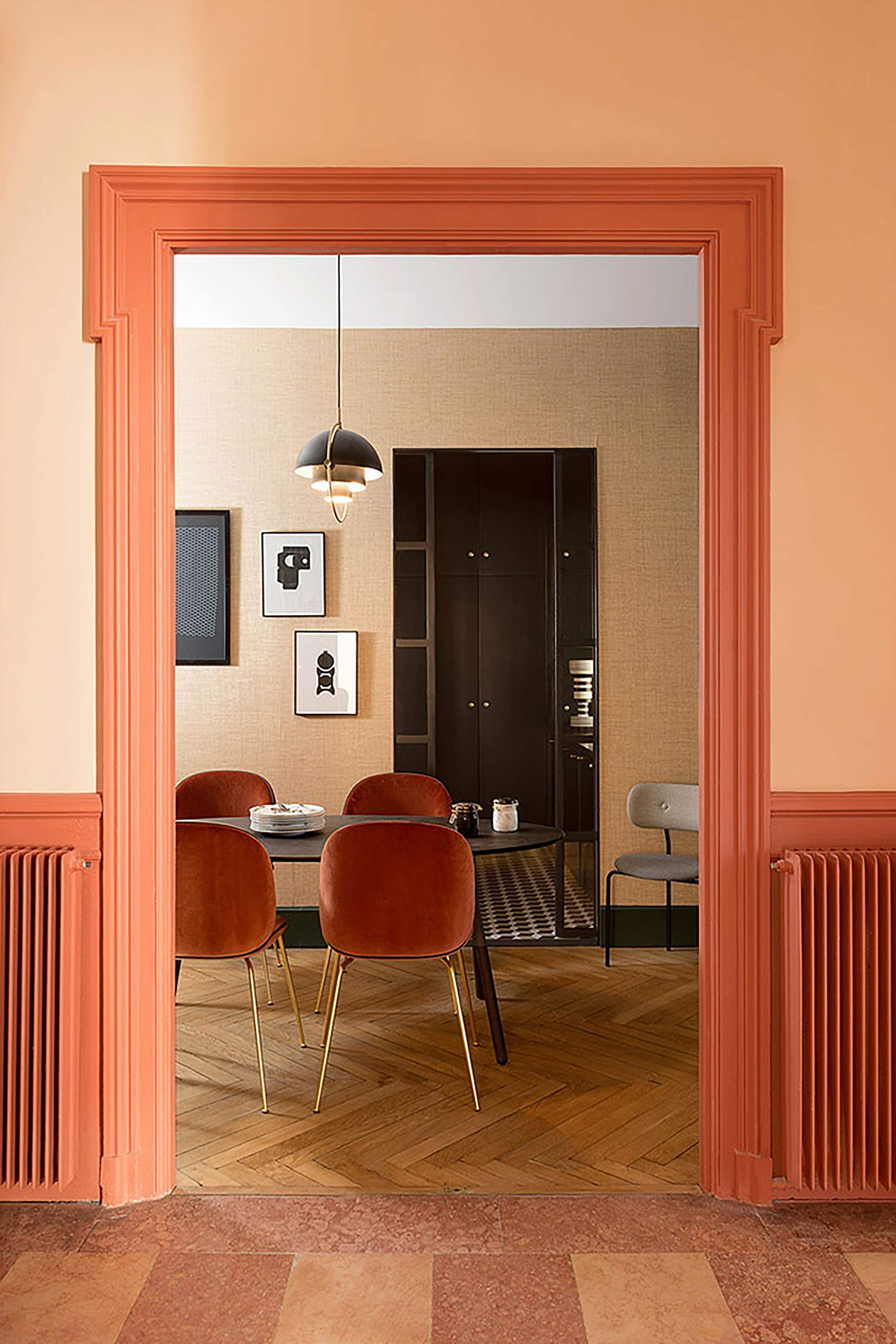 10 Unexpected Yet Chic Color Schemes To Try At Home In 2020 Room Colors Living Room Colors Room Color Schemes