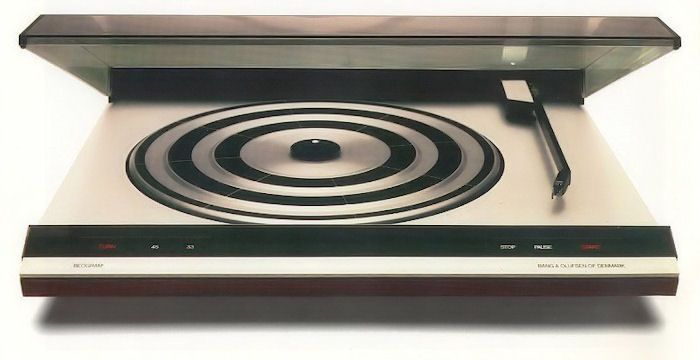 beogram 3400 turntable plays both stereo quadraphonic lps designed by jacob jensen 1975. Black Bedroom Furniture Sets. Home Design Ideas