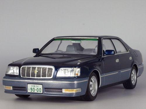 1/24 TOYOTA CROWN MAJESTA [UZS155] V8 4000 C Type i-Four