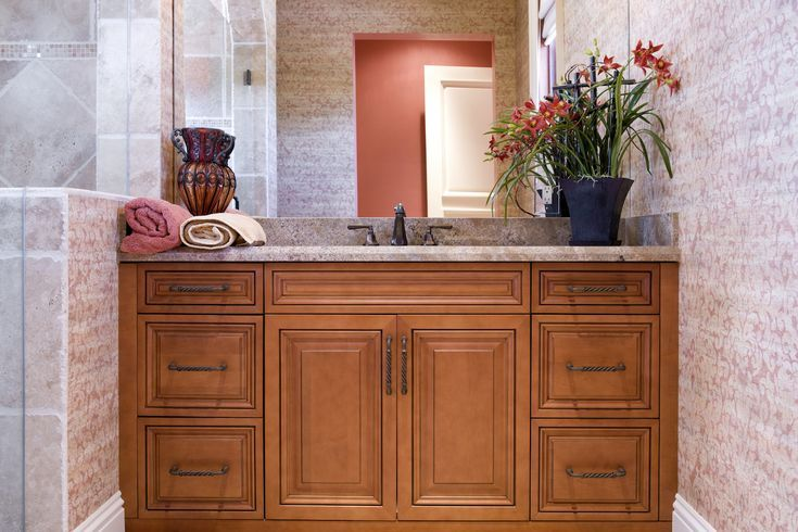 How To Save Money With Key Guest Bathroom Decorating Ideas