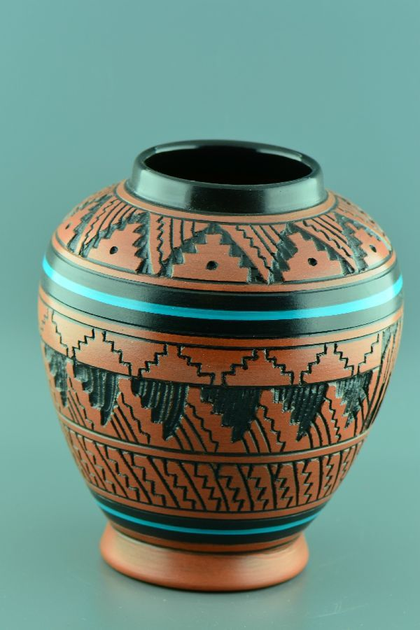 Native American Etched Pottery Vases Native American Pottery