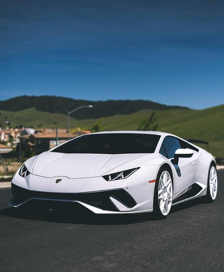 Our Online Magazine Especially For Lovers Of Luxury Selects More High Quality Exclusive Images Of The Most Luxur Best Luxury Cars Lamborghini Cars Luxury Cars