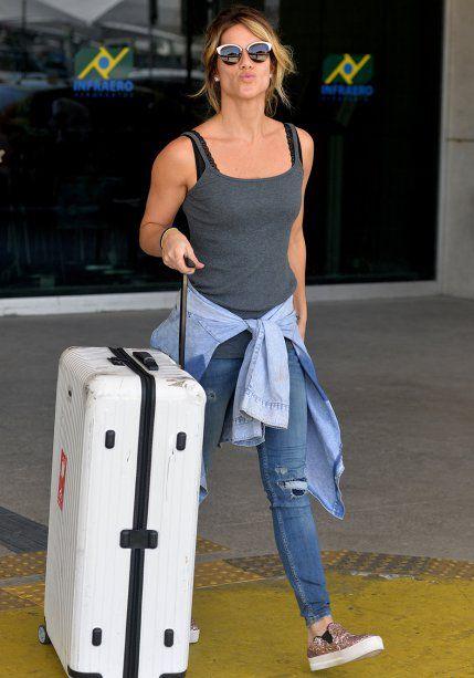 42f5fd91f Inspire-se nos looks que as famosas usam para viajar | Moda | Roupas ...