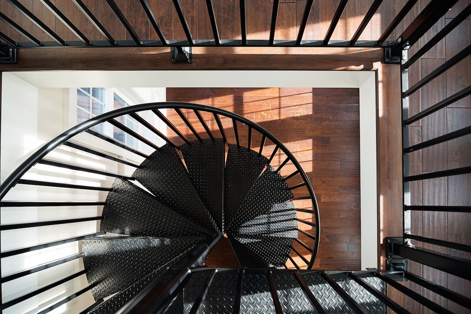 Best Residential Spiral Stair Install Nc Staircase Spiral 400 x 300