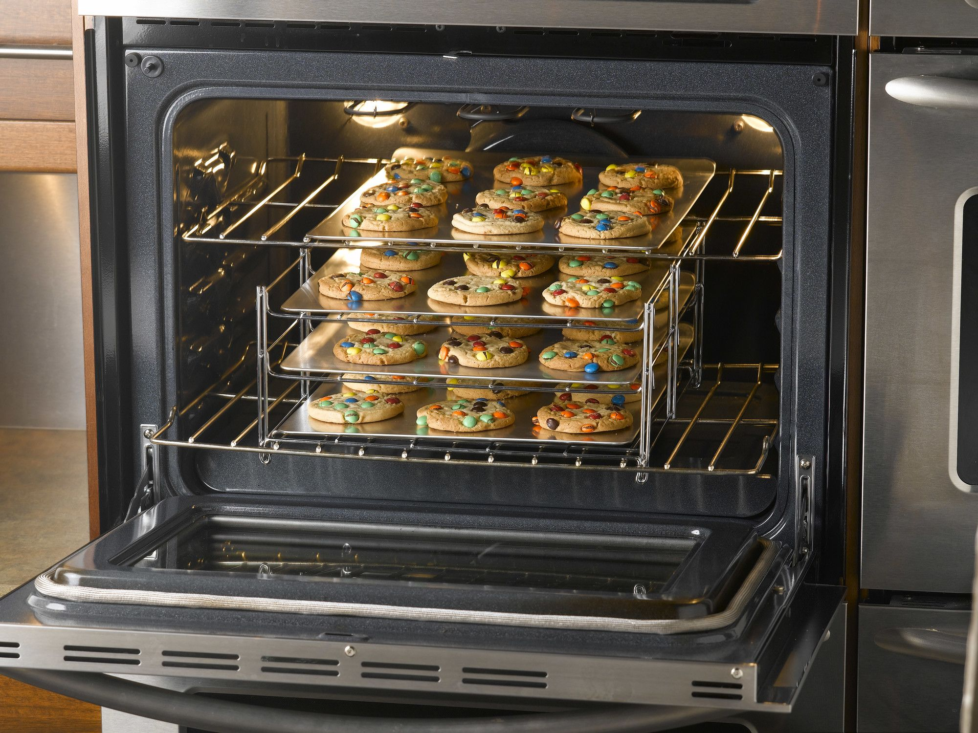 Nifty Home Products Betty Crocker 3 Tier Baking Rack In 2020 Oven Racks Tiered Oven Rack Oven Accessories