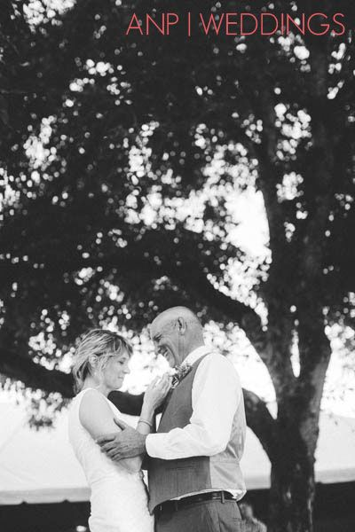 eugene wedding photographer, oregon wedding photographer, portland wedding photographer, rural wedding, candid, photojournalism, father daughter dance, first dance, Anne Nunn Photographers