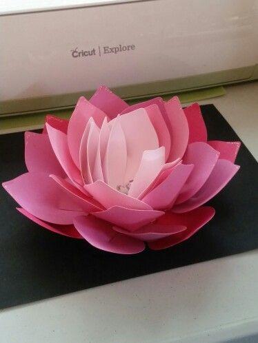 Imadeit Cricut Giant Lotus Flower Cricut Paper Flowers Diy Big