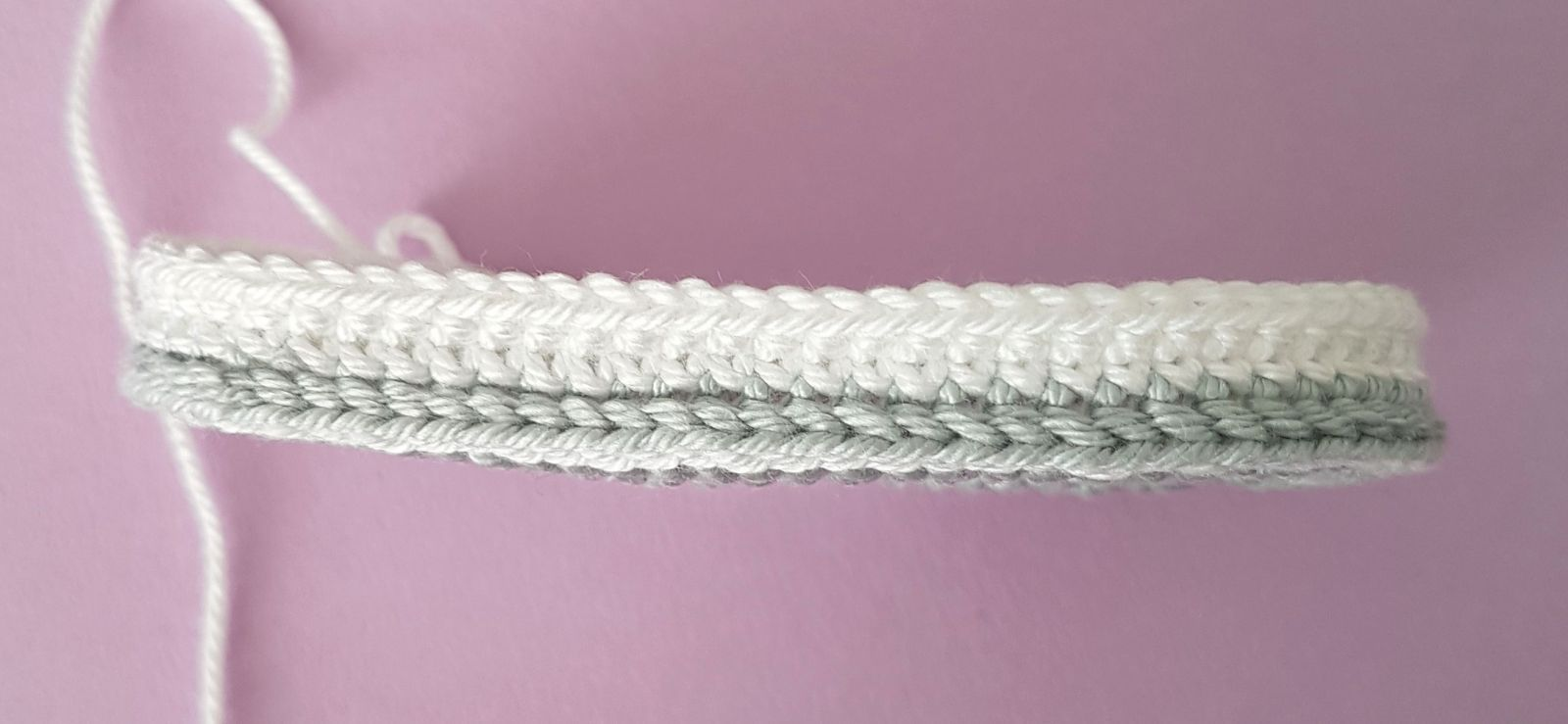 Kostenlose Häkelanleitung Babyschuhe #crochetbabyshoes