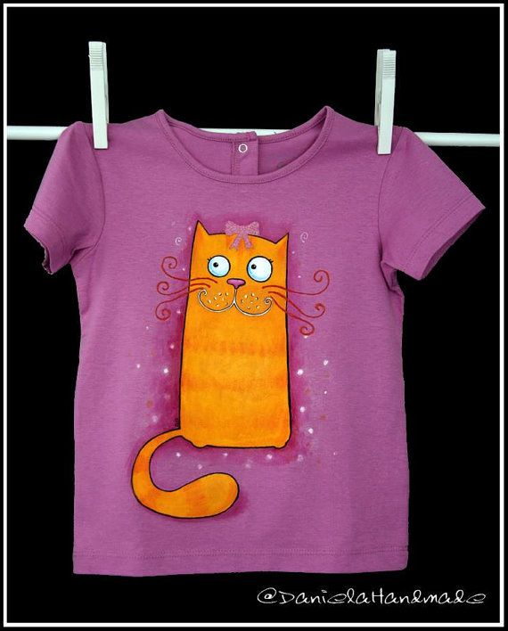 dee02641c Hand painted kids t-shirt. Cute cat t-shirt by danielahandmade | My ...