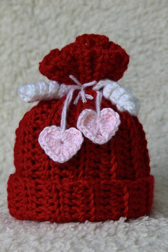 This listing is for a Baby Girl Valentines Hat My Newborn Valentine hat would make a sweet little gift for her very first Valentines Day. This