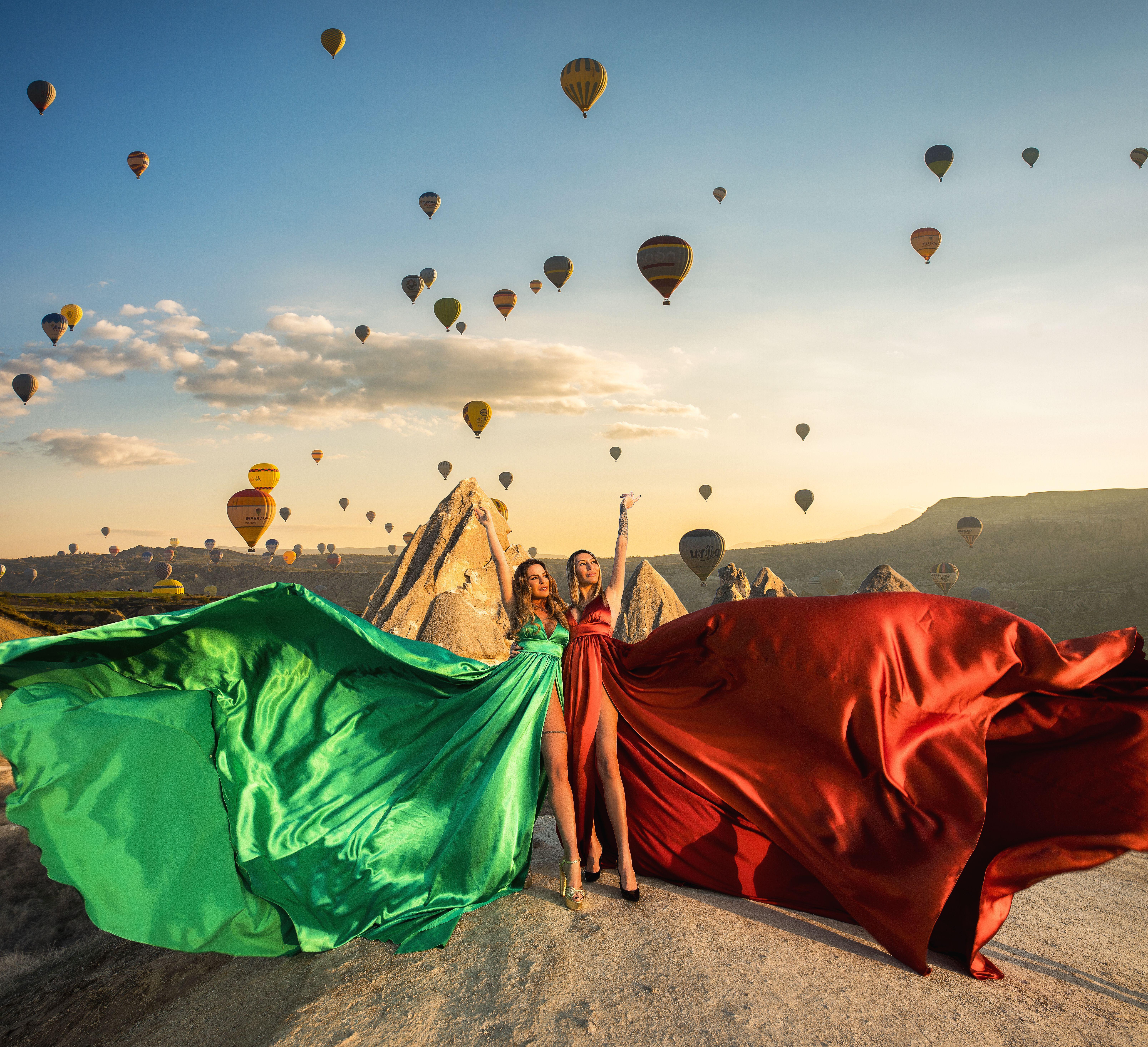 cappadocia couple Do you admire this lovely cappadocia dress the same way as we do . . . Book your dream photoshoot in Cappadocia DM us . . #cappadocia #cappadociarentdresses #flyingdress #couple . #cappadociatimes #igers #love #likers #summer #er #sunset #sky #cute #me #byburakyldrm #beautifulview #tbt #bestoftheday #like4like #likeforlike #awesome #travel #holiday #turkey #turkiyem #kapadokya # #landscape #fantastic #museumhotel