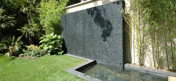 le mur d eau un d cor unique une d tente imm diate jardin terrasse balcon mur d eau. Black Bedroom Furniture Sets. Home Design Ideas