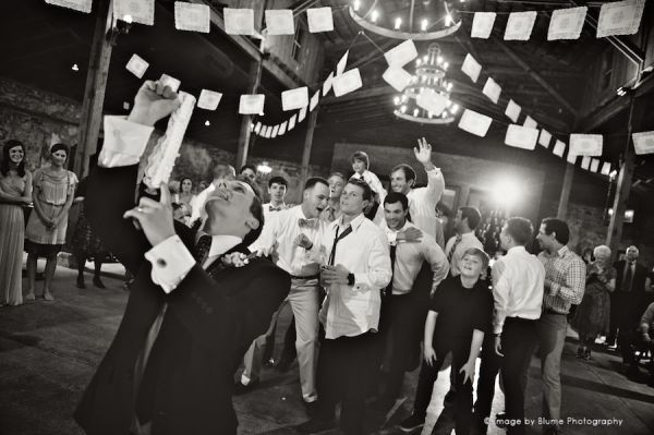 Wedding Traditions The Garter Toss Blume Photography Garter Toss Wedding Photo Inspiration Wedding