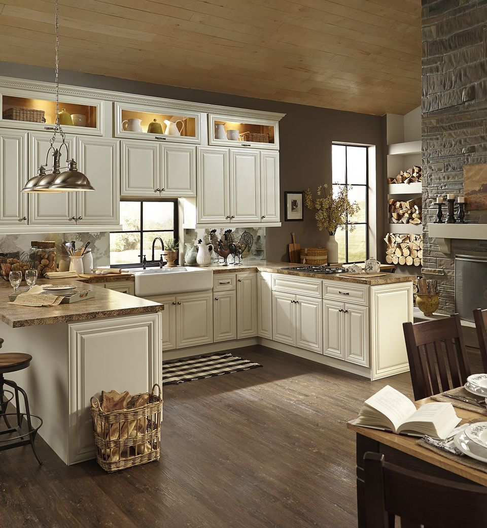 Kitchen Ideas Ivory Cabinets: The Glass Display Cabinets At The Top Are Lovely. I Also