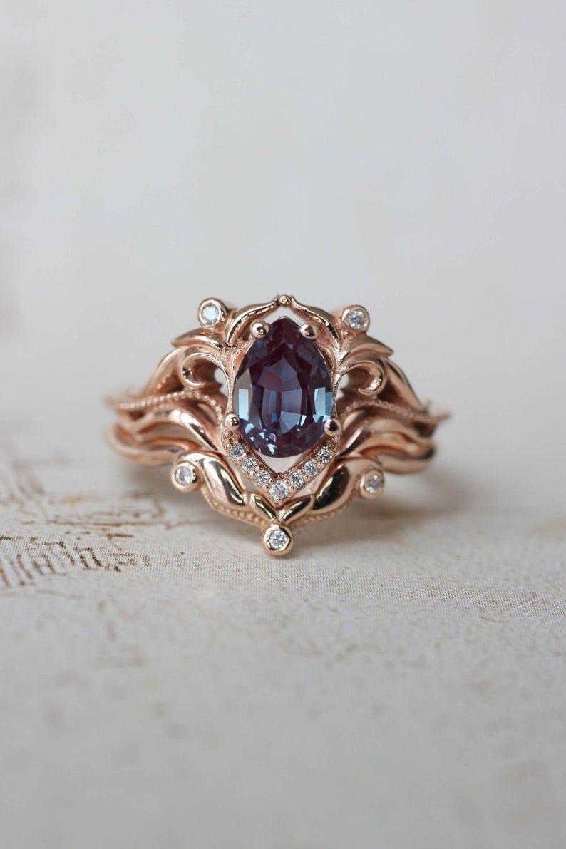 Alexandrite and diamonds bridal ring set, art nouv