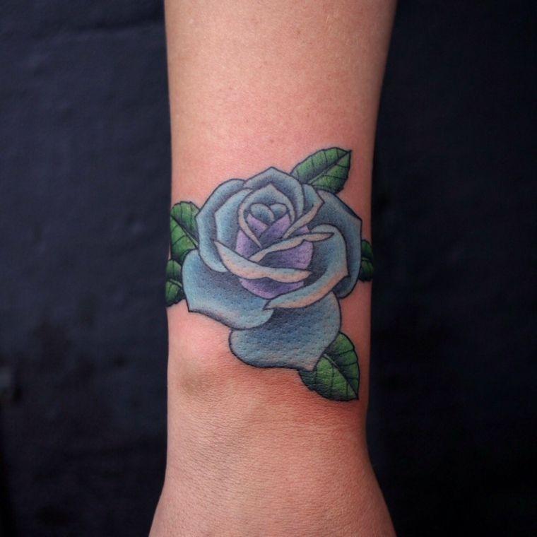 Idea per un tatuaggio sul polso una rosa blu di medie - Lettere stampabili di medie dimensioni ...