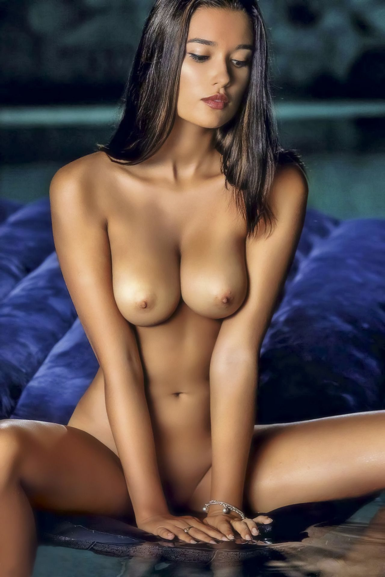 busty-young-caribbean-girls-nude-images-boys-nude