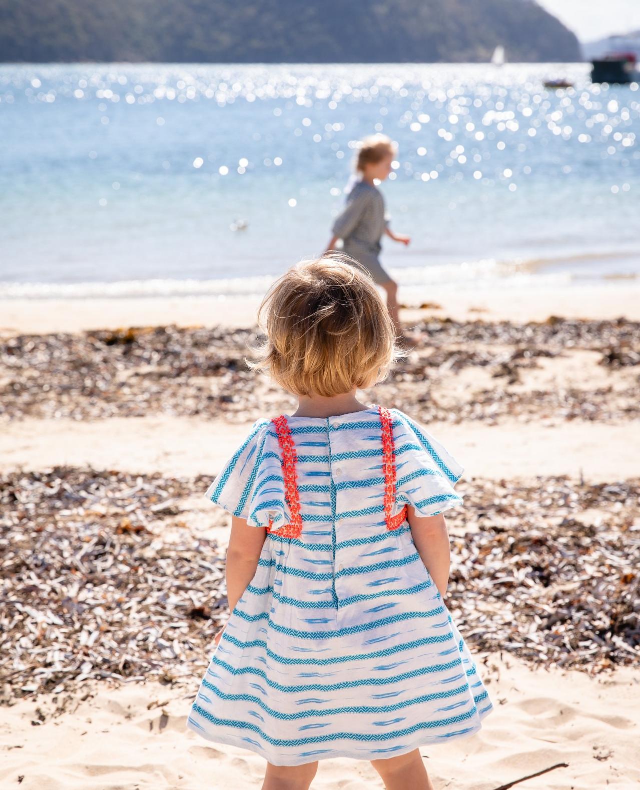 It's #sunawareness week 🌞so here's lots of helpful tips on protecting your baby in the sun by @totstotravel;        #livenaturally #scarletribbon #igmotherhood #letskeepitsimple #sustainableliving #Livethelittlethings #mumblogger #igmotherhood #mamahood #momentslikethese #happynow #mumpreneur #momsofig #momlife #igbaby #letthembelittle #toddler #toddlerlife  #mum_hub #worldoflittles