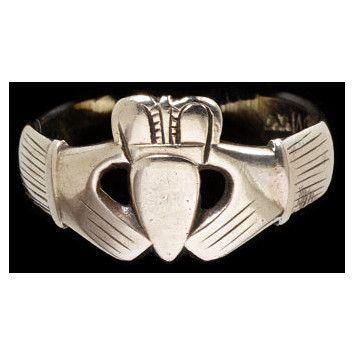 "Ring ""Claddaugh"", Galway, Republic of Ireland 1750 - 1800 V museum"