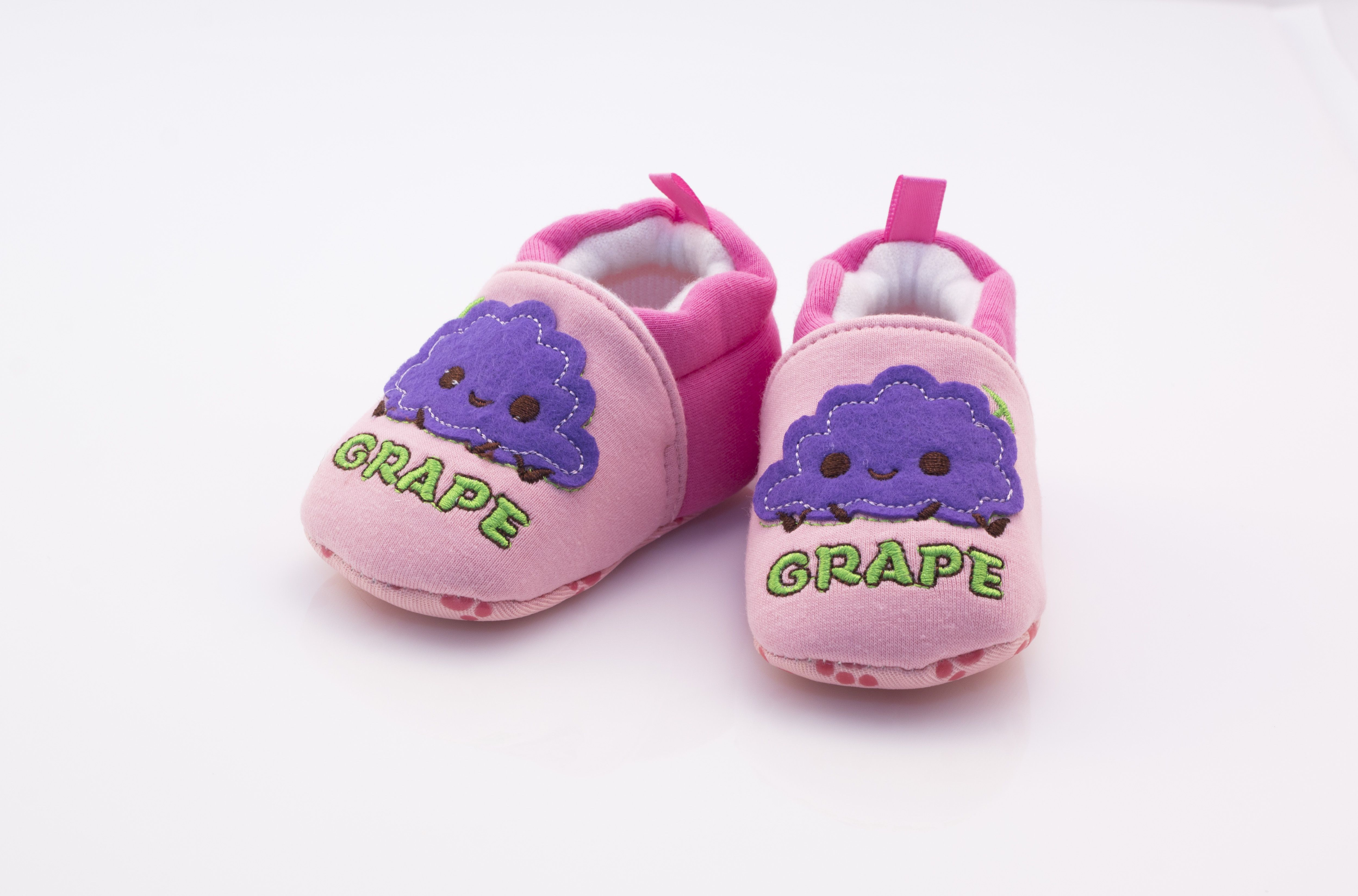 Adorable Crib Shoes or baby first walkers Cotton Fleece to keep