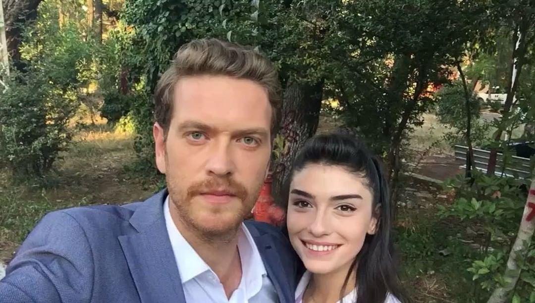 8 517 Haresvaniya 129 Komentara Yuksek Sosyete Yukseksosyetetv V Instagram Birgecemolsa Etiketiyle Yorumlarinizi Pay Turkish Actors Turkish Film Actors
