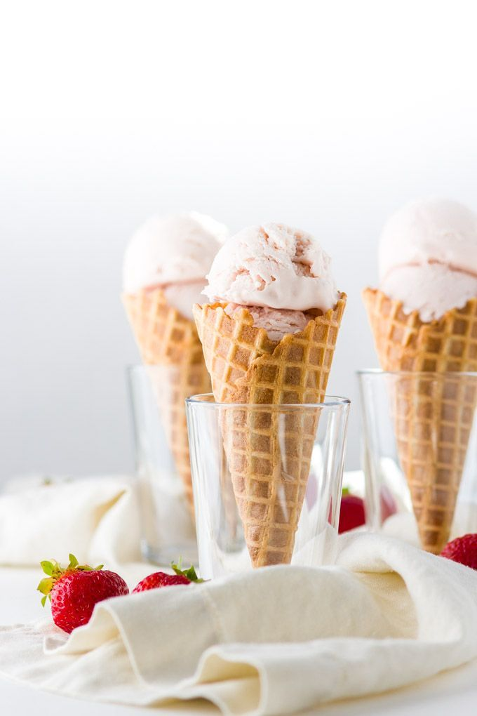 Roasted Strawberry And Buttermilk Ice Cream Recipe Delicate Aroma Of The Roasted Strawberries Comb Ice Cream Recipes Buttermilk Ice Cream Roasted Strawberries