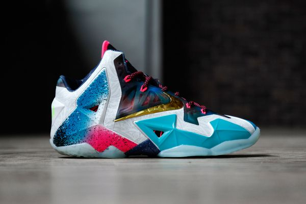 """638737a5cecd A Closer Look at the Nike LeBron 11 """"What the LeBron""""   posting because I m  disappointed in this color way"""