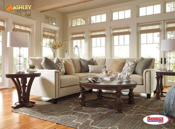 Kieman Sectional Sofa: 40700 KIEMAN SECTIONAL LIVING ROOM