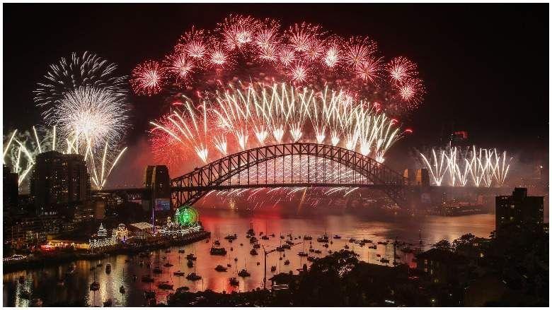 Spektakularni Novogodisnji Vatrometi Sirom Sveta In 2020 New Years Eve Fireworks Sydney New Years Eve New Year Celebration