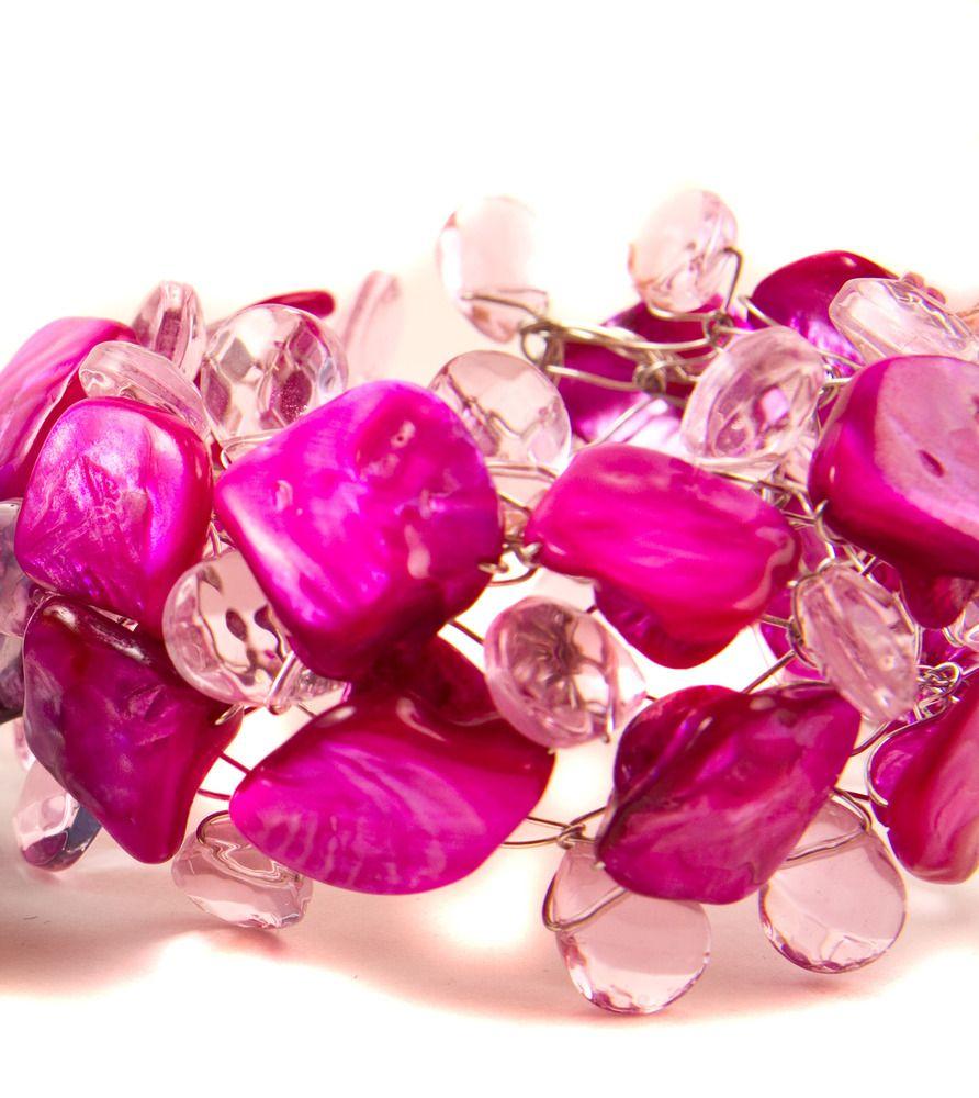 Vibe Bracelet in Pink.