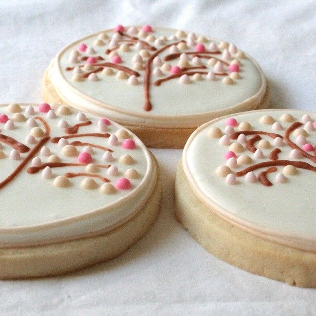 cherry blossom sugar cookie pictures | Cherry Blossom Medallions - One Dozen - Decorated Sugar Cookie Favors