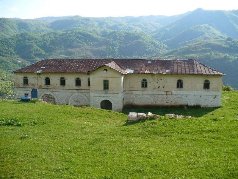 Pogradec Art & Monuments