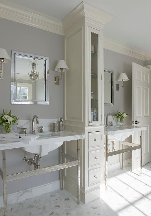 10 Stunning Transitional Bathroom Design Ideas To Inspire You: Ivory And Gray Bathroom