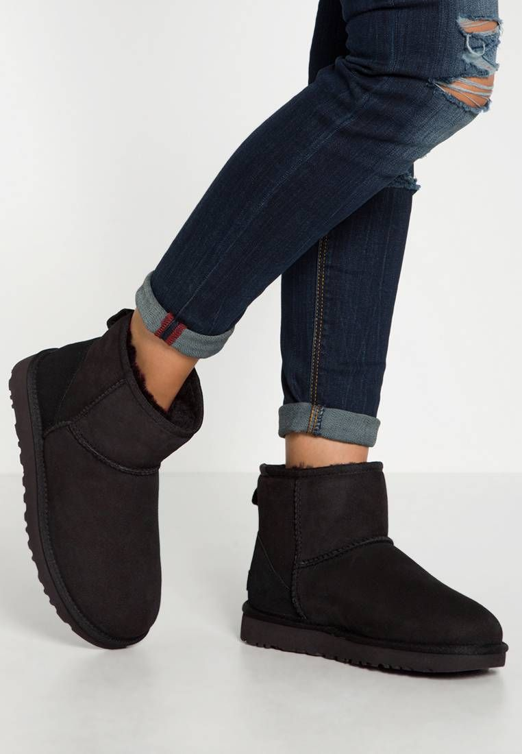 ugg mini taille 38