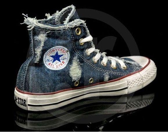 4f9b34c303 Ripped jeans look. | *shoes* Cute Kicks♥→ | Denim converse, Chuck ...
