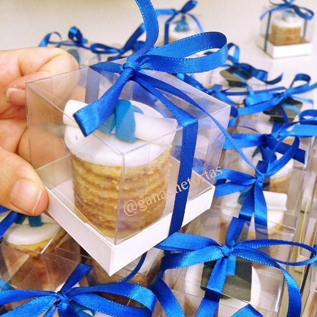Docinhos de bolo de rolo #nakedcakerecife #bolodecoradorecife #bolosdecorados #Recife #pernambuco #bolosrecife #brigadeirorecife #instarecife #food #chocolate #pastaamericana #floresdeacucar #morangos #docedeleite #chocolate #cake #instafood #foodporn #chantininho #morangos #dripcake #kinderbueno #kinder #ferrerorocher #batomgaroto #sonhodevalsa #ouro #dourado #boloouro  Yummery - best recipes. Follow Us! #foodporn