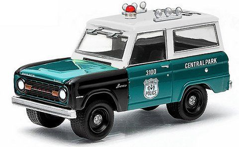 1:18 GreenLight ford bronco Police Pursuit nypd 1967 Green//White