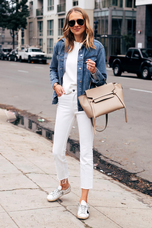 Fashion Jackson Capsule Wardrobe Wearing Topshop Oversized Denim Jacket White Sweater Everlane White Cropped Jeans Fashion Jackson Fashion Cropped White Jeans [ 1500 x 1000 Pixel ]