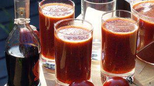 Gazpacho med jordbær og tomat