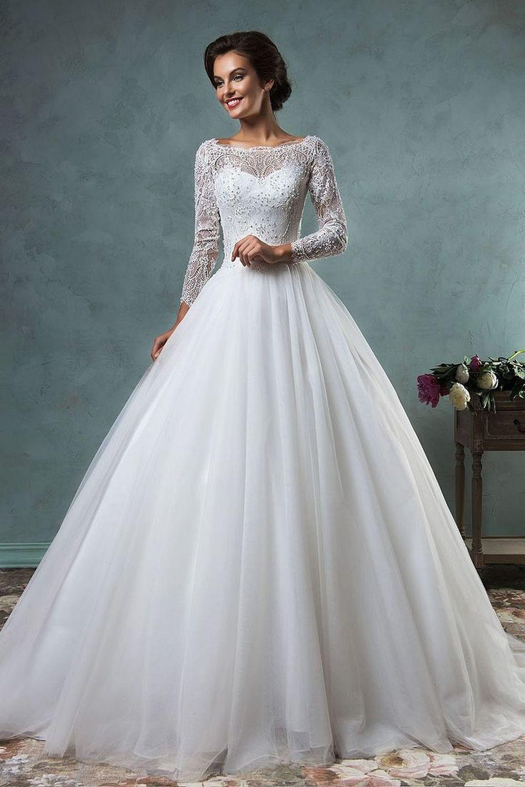 30+ Beautiful Christmas Wedding Dresses | MY WEDDING | Pinterest ...