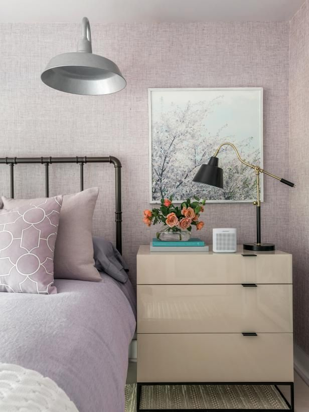 10 Simple Decorating Ideas From The Hgtv Dream Home: HGTV Dream Home 2018: Lavender Guest Bedroom Pictures