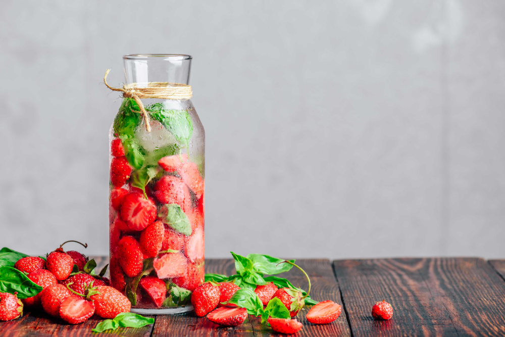 RECIPE - Strawberry Basil Lemonade #basillemonade