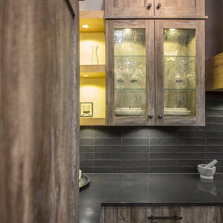 Armoire De Cuisine Rustique Vitrée Avec éclairage Intégrée Cuisine - Porte placard coulissante jumelé avec serrurier paris 75002