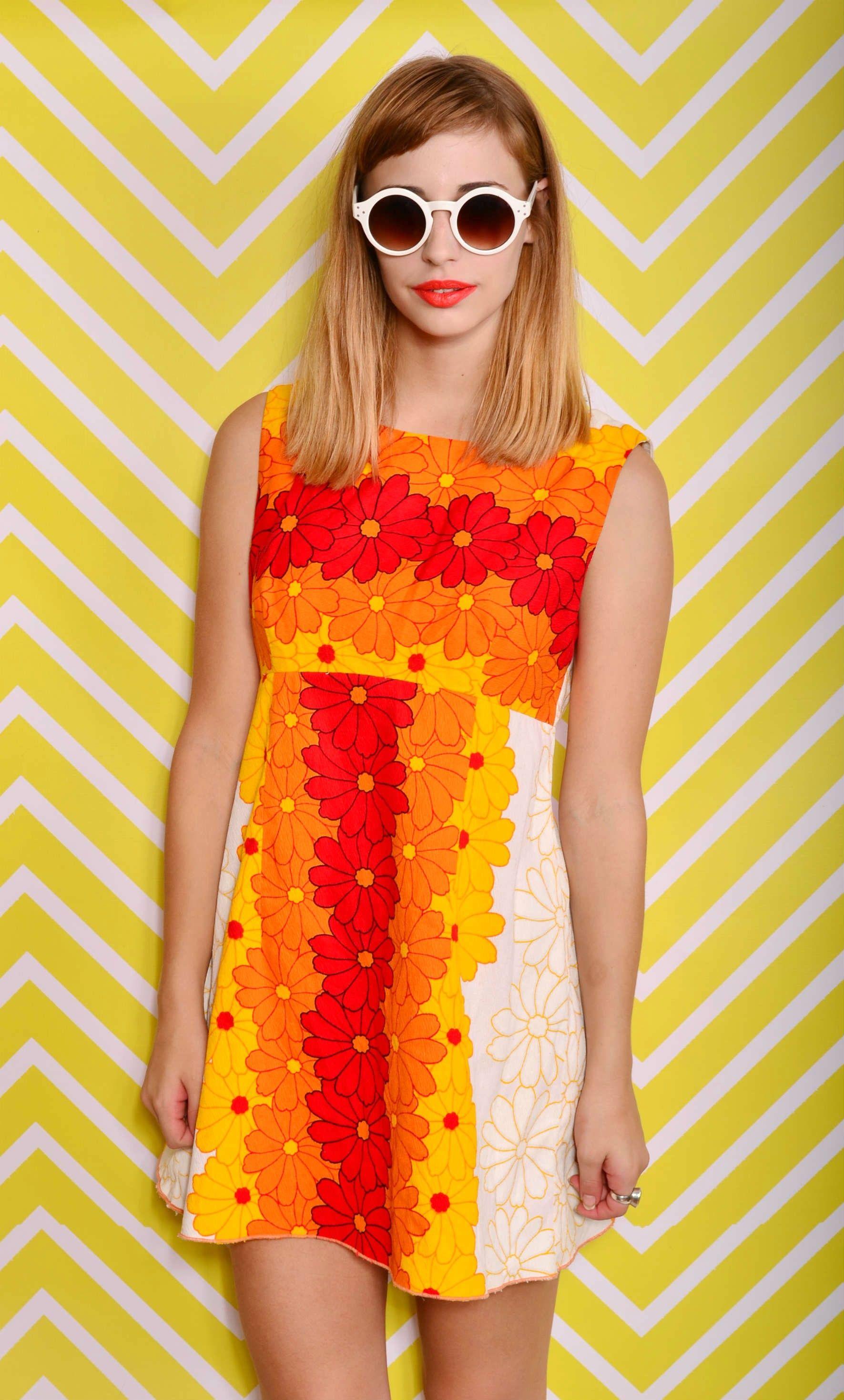 Vintage Bright Hawaii Tropical 'Beach Party' Mini Dress $65