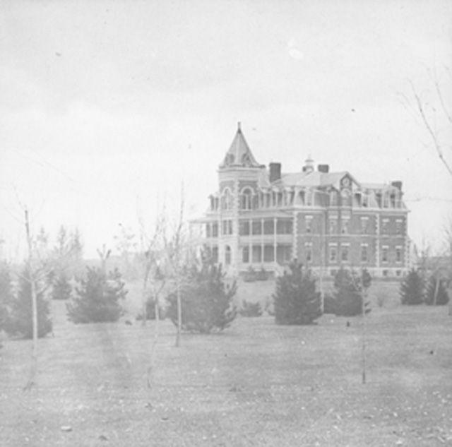 Ontario Hospital, Circa 1900-1905. The Hamilton Asylum For